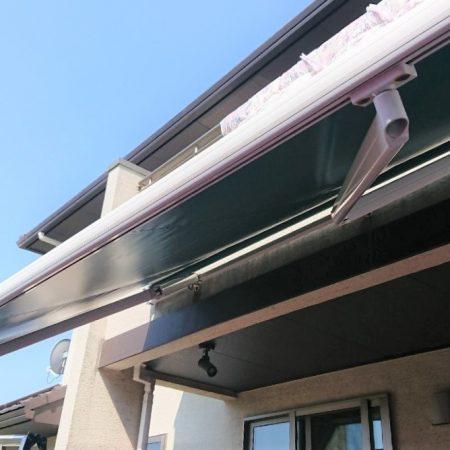 東京都台東区|オーニングテント生地張替えの施工事例(店舗・軒先)